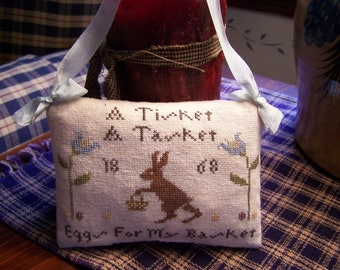 A Tisket A Tasket PIllow Tuck