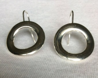 Stainless Steel Threader Earrings - Minimalist Earrings - Circle  Earrings