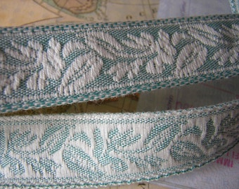Leaves chain on vine Woven Jacquard Ribbon Sewing Trim 5 yards x 7/8""