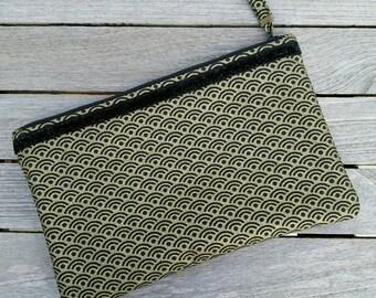 Clutch bag (version 2) or fabric patterns Japanese gilt bronze cosmetics. Black glitter velvet Ribbon. Lining. Pocket.