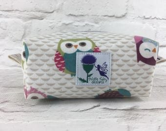 Oilcloth cosmetics bag, laminated cotton cosmetic bag, oil cloth box pouch