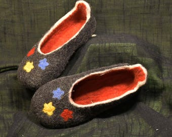 Felted natural wool clogs slippers, women, EU-39/US-7,5