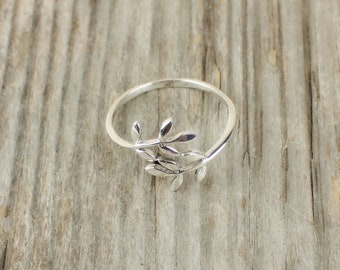 925 Sterling Silver Leaf Adjustable Ring