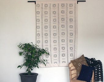 African Mudcloth Wall Hanging - White and Black