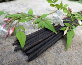 Jasmine Incense Sticks  | Absolute Grade | 100% Natural Incense | Traditional Indian Incense | Hand Rolled With Essential Oils
