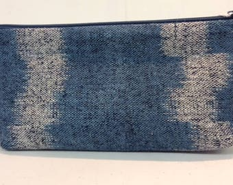Large zipped purse with hand-dyed and handwoven front panel in silk and linen.