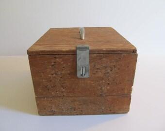Wood Boxes, Vintage Wooden Boxes, Wooden Boxes, Wood Storage, Primitive Boxes, Primitives, Storage, Boxes, Vintage Boxes, Keepsake Boxes