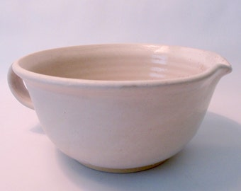 Stoneware Pottery Batter Bowl. Mixing Bowl. Large Pitcher. Creamy White. Off White. Oatmeal. Brown Speckles. Neutral. Earthtone. Pancakes