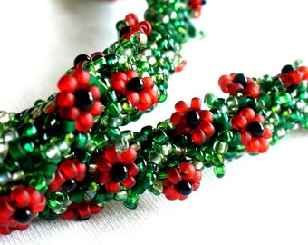 Beaded Red Poppy Necklace, Green Bead Crochet Rope with Red and Black Flowers, Field of Poppies, Flower Garland - Made in Germany