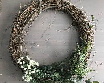 Grapevine Oval Wreath