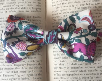 Jacobean Bow Tie, Liberty Print , Lion and Unicorn, Bow ties For Weddings, Groomsmen, Graduation , Fathers Day, Gift For Him