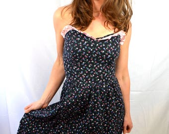 Vintage 1980s 80s Floral Strapless Ruffled Summer Dress