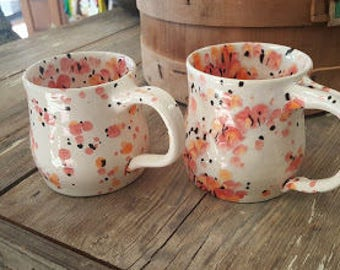 Set of Mugs in Speckled Pattern