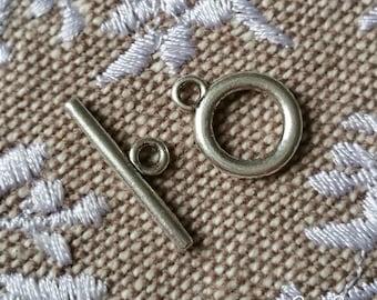 Antique shape silver Toggle clasp