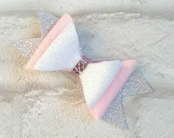 Hair bow Pink glitter felt hair bow, Hair bow, Handmade hair bow, pink hair bow, Child's hair accessory