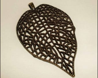 "Large pendant shaped ""Leaf Lacy"" 85 x 51 x 5 mm Antique Bronze colored metal"