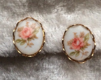 Vintage Style, Small, Cameo Clip On Earrings