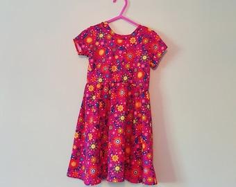 Comfy dress, Toddler dress, twirl dress, twirly dress, t-shirt dress, soft knit dress, toddler girl dress, swing dress, toddler twirly dress