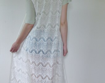 Ivory Long Lace Vest Boho Duster. Hippie Gypsy Wanderer fringe Vest - All that I need -