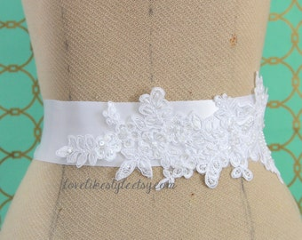 White Pearl Beaded Lace Sash, Bridal Sash, Bridesmaid Sash, White Lace Sash / SH-66