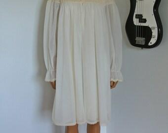 1960s Ivory Beige Nightgown and Pegnoir Set Chiffon with Lace Trim Bridal Wedding Sleepwear/M