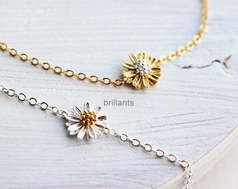 Daisy flower bracelet, Bridesmaid jewelry, Bridesmaid bracelet, Flower girl, Everyday jewelry, Wedding bracelet, Personalized bracelet
