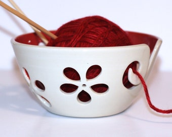 Red flower Yarn Bowl / Yarn Bowl / Knitting Bowl / Crochet Bowl / Red Yarn Bowl / White Yarn Bowl / 6 inch Yarn Bowl / Made to Order