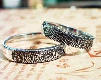 Custom couple fingerprint wedding rings