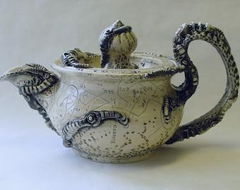 BioMech Teapot and 2 Tea Cups