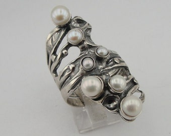 Hadar Jewelry Israel Art Sterling Silver and Pearl Ring Size 7 (141p)