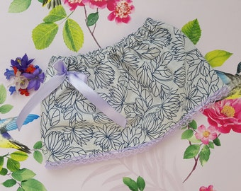 Girls Floral Skirt, Kids Easter Skirt, Baby Skirt, Kids Fashion, Baby Clothing, Summer Skirt, Baby Summer Outfit, Floral Skirt, Lilac Bow