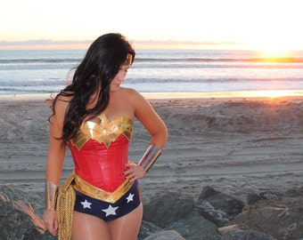 Deluxe Wonder Woman COSTUME w/Navy and White Stars Bootcovers