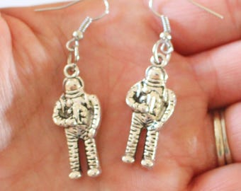 The ASTRONAUT Earrings.....earth. outerspace. NASA. space craft earrings. retro. urban. hipster. blast off. moon. universe. 3D charms.