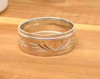 Heart Sterling Silver Patterned Band Ring 7mm wide