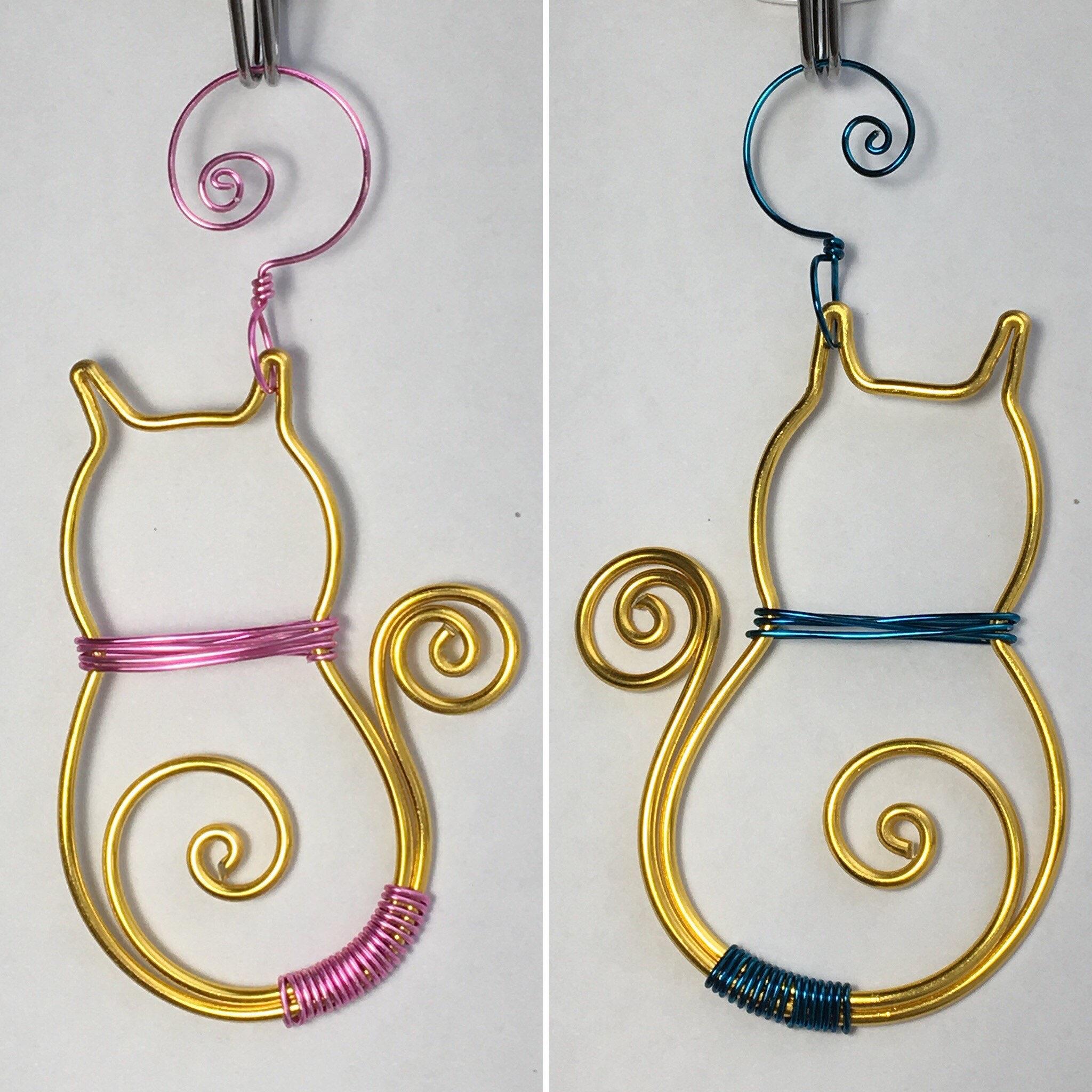Yellow-colored Aluminum Wire Cat Ornament