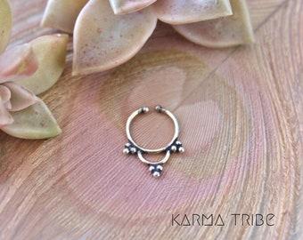 Silver septum. Fake indian septum ring. Non pierced septum ring. German silver fake septum. Fake tribal septum ring. Fake septum ring.