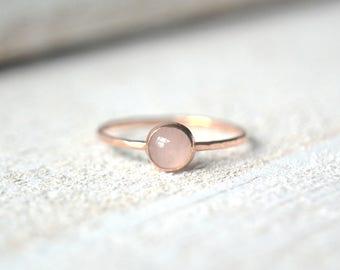 Rose Gold Rose Quartz Ring. Rose Gold Ring, Quartz Ring, Stacking Ring,Rose Gold Quartz Ring, Stackable Gemstone Ring, Gold Rose Quartz Ring
