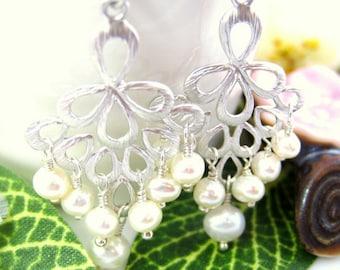 Silver chandelier pearl earrings, Pearl bridal silver chandelier earrings, New Years pearl chandelier earrings, wedding gift pearl earrings