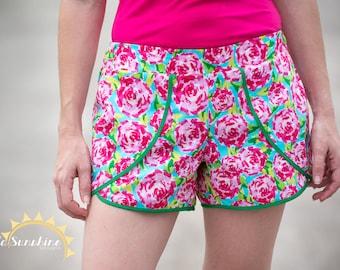 Tess Tulip Shorts, ladies pattern, PDF Sewing Pattern, ladies pdf pattern, sewing pattern, plus size womens pdf, women shorts pattern,