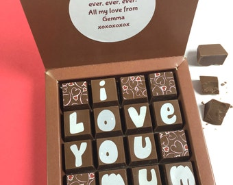LOVE YOU MUM in Milk Chocolate with Optional Personalised Message - Mother's Day Chocolates - We Love You Mum - I Love you Mum