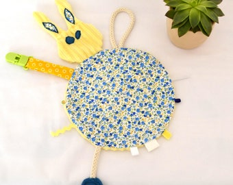 """Taggy Bunny flat blanket, pacifier clips """"Stain"""""""