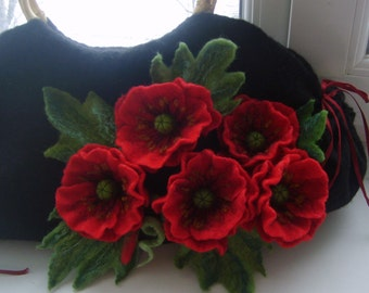 valentine's gift Felted wool bag-Felted wool purse-Red poppies-Felted purse-Felt bag-Wet felted bags-flower bag-black-red
