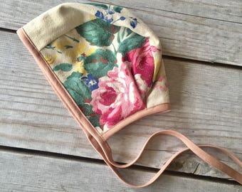 18-24 Month/2T Month Floral Bonnet, Vintage Barkcloth Bonnet, Baby Easter Bonnet, Reversible Bonnet, Baby Easter Hat, Floral Bonnet