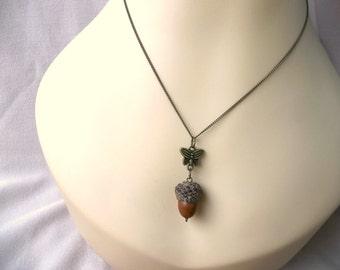 Real Acorn Necklace, Acorn Necklace, Acorn Pendant, Real Acorn, Acorn Jewelry, Natural Acorn, Butterfly Charm, Acorn Charm
