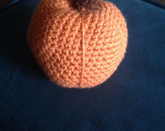 Crochet decorative pumpkin