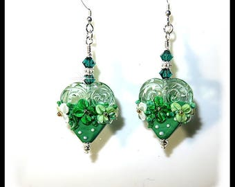2437, Green floral heart earrings, heart earrings, green earrings, lampwork earrings, flower earrings, heart jewelry, gifts for her