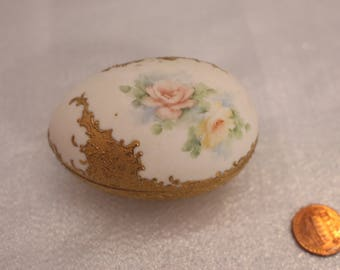 Egg Shaped Roses with Gold hand painted china porcelain trinket box floral Flowers A Taylor