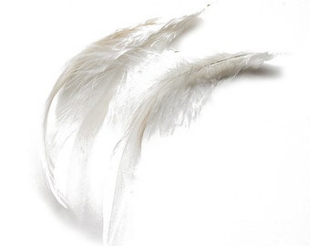 """Bleached White Saddle Badger Rooster Feathers 4-6"""" 