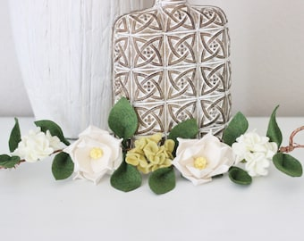 Farmhouse Garland, Small Magnolia Garland, Small Hydrangea Garland, Farmouse Flower Arrangement, Fixer Up Wall Art