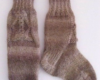 "Wool socks hand knit. Foot length  8"". Cabled design. Reinforced heel. Variegated beige and brown. Soft and  warm wool.  Ready to ship"
